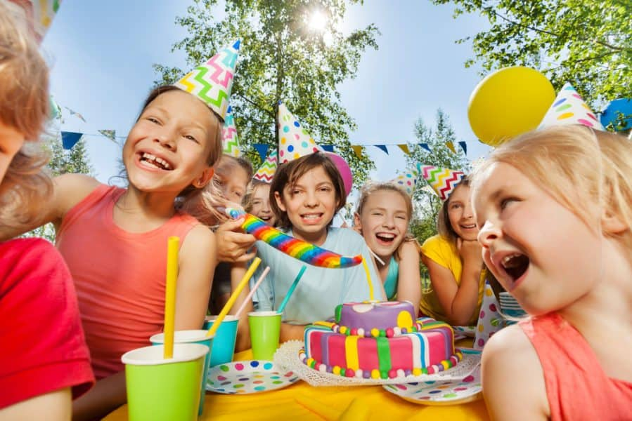How to throw a summer birthday party